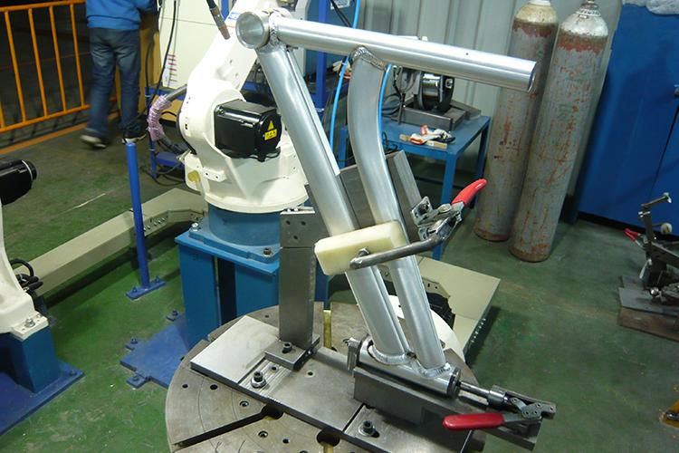OTC MIG鋁合金車架焊接